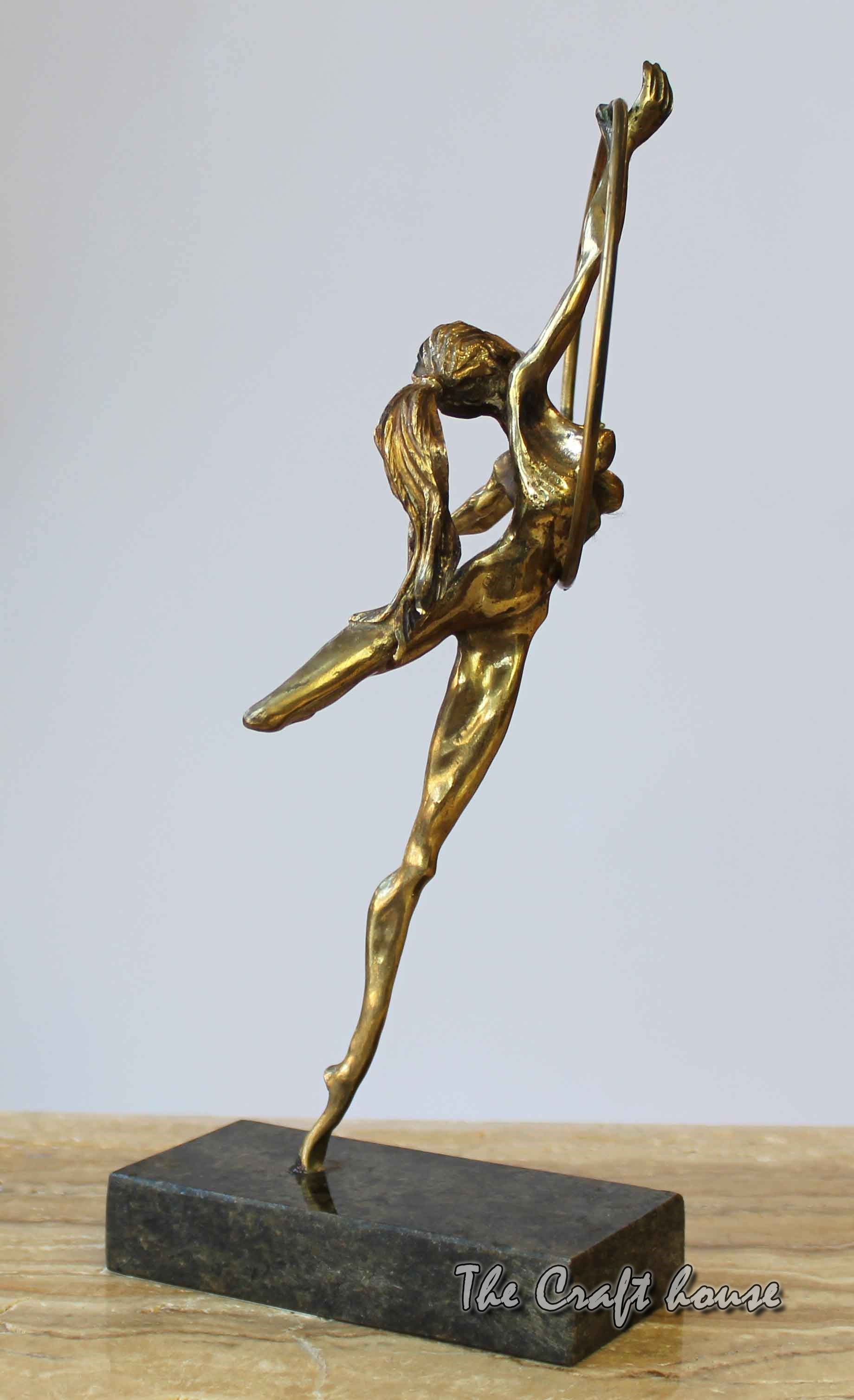 Bronze sculpture 'Grace'