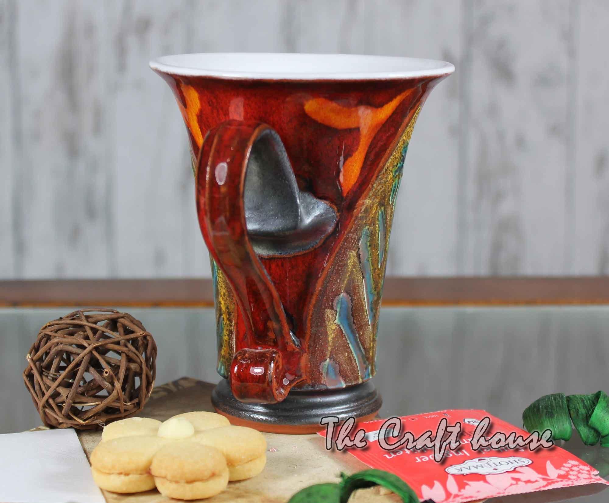 Керамична чаша с декорация
