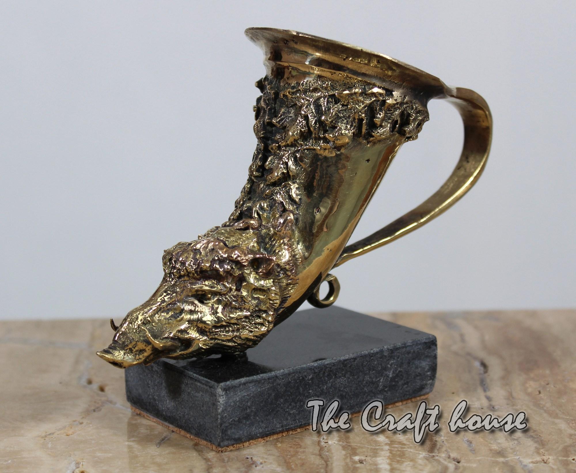Bronze sculpture 'Wild boar'