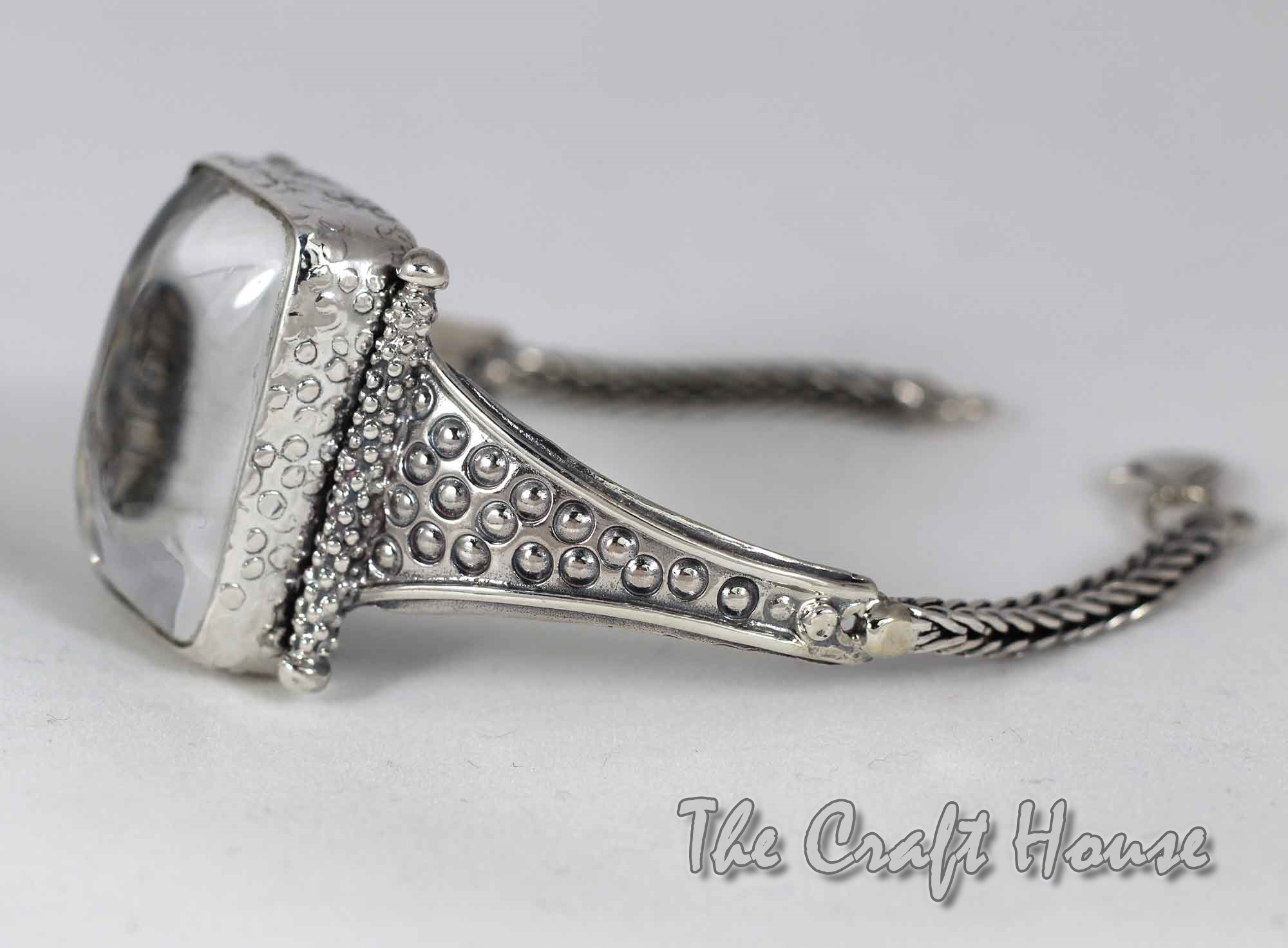 Silver bracelet with Rock crystal