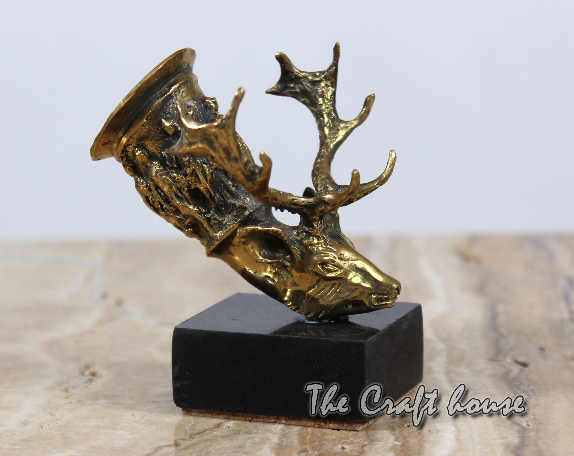Bronze sculpture 'Deer'