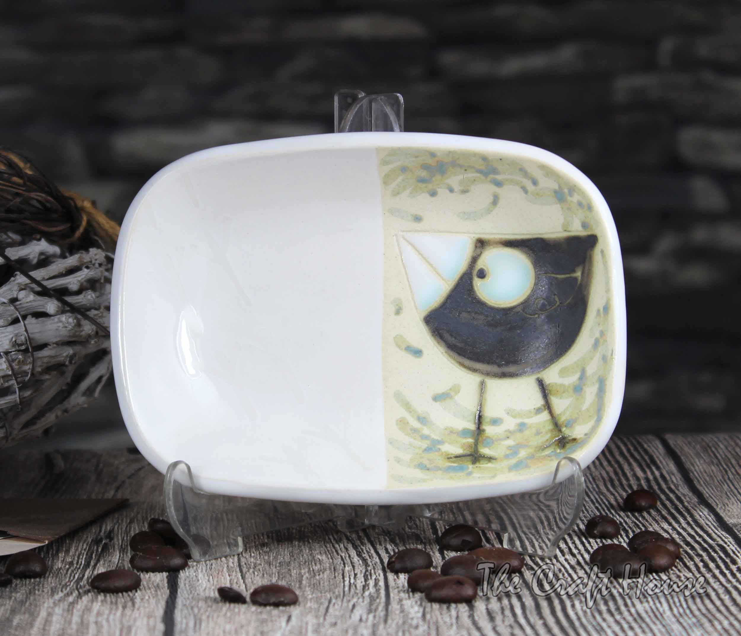Керамична чинийка с пиле