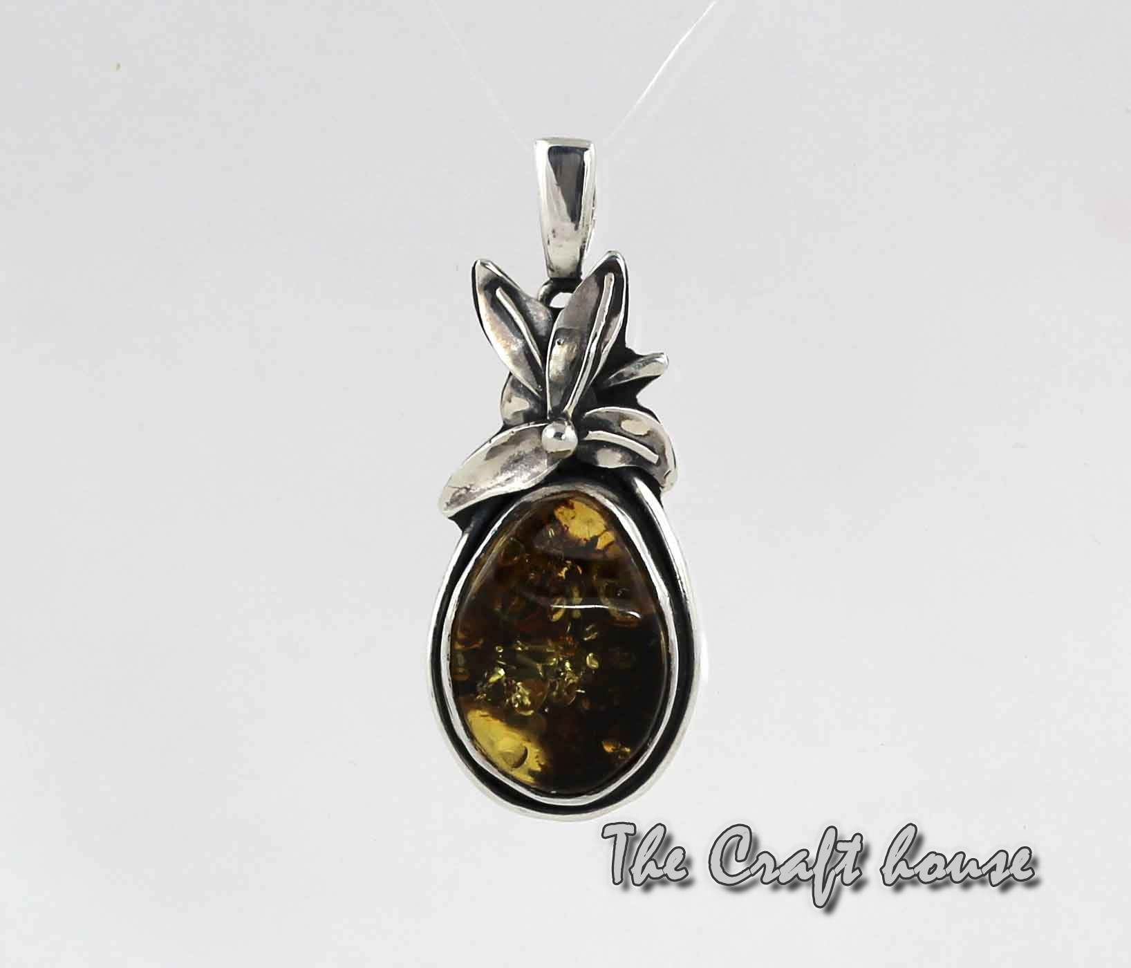Pendant with Amber