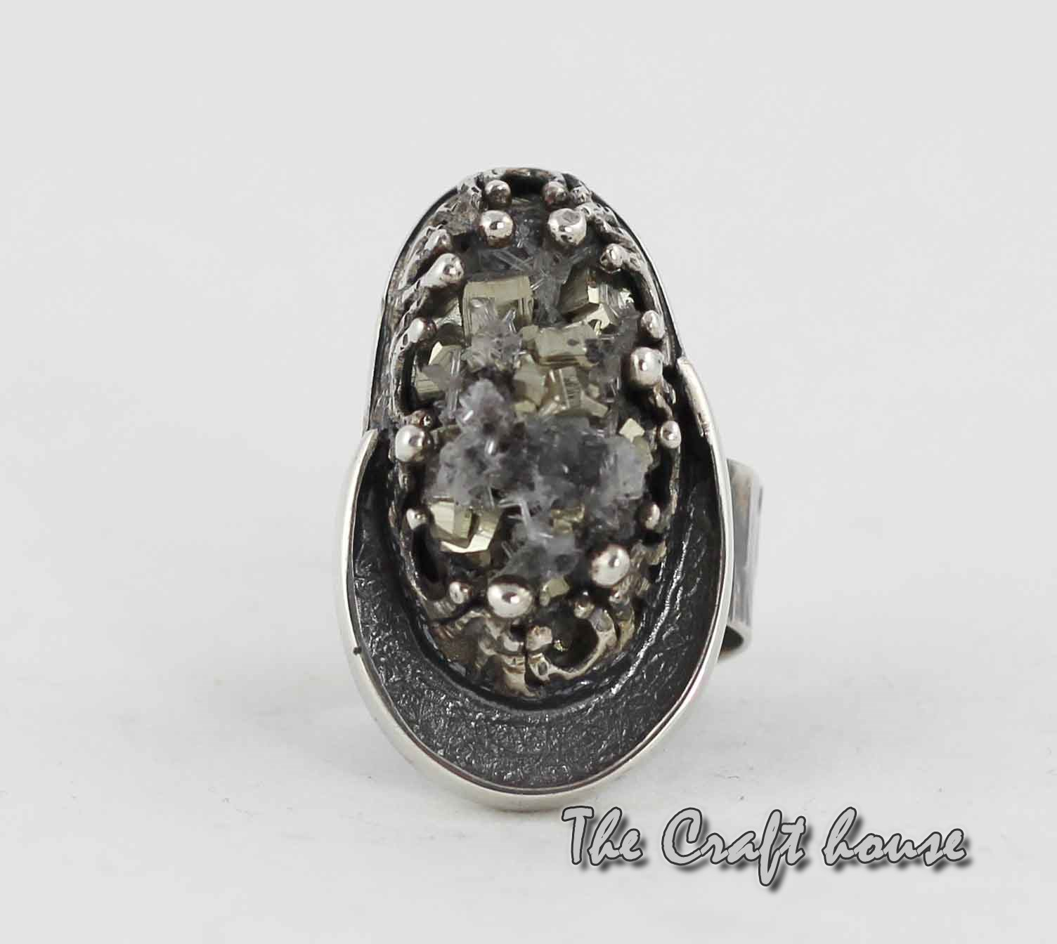 Silver ring with Pirite
