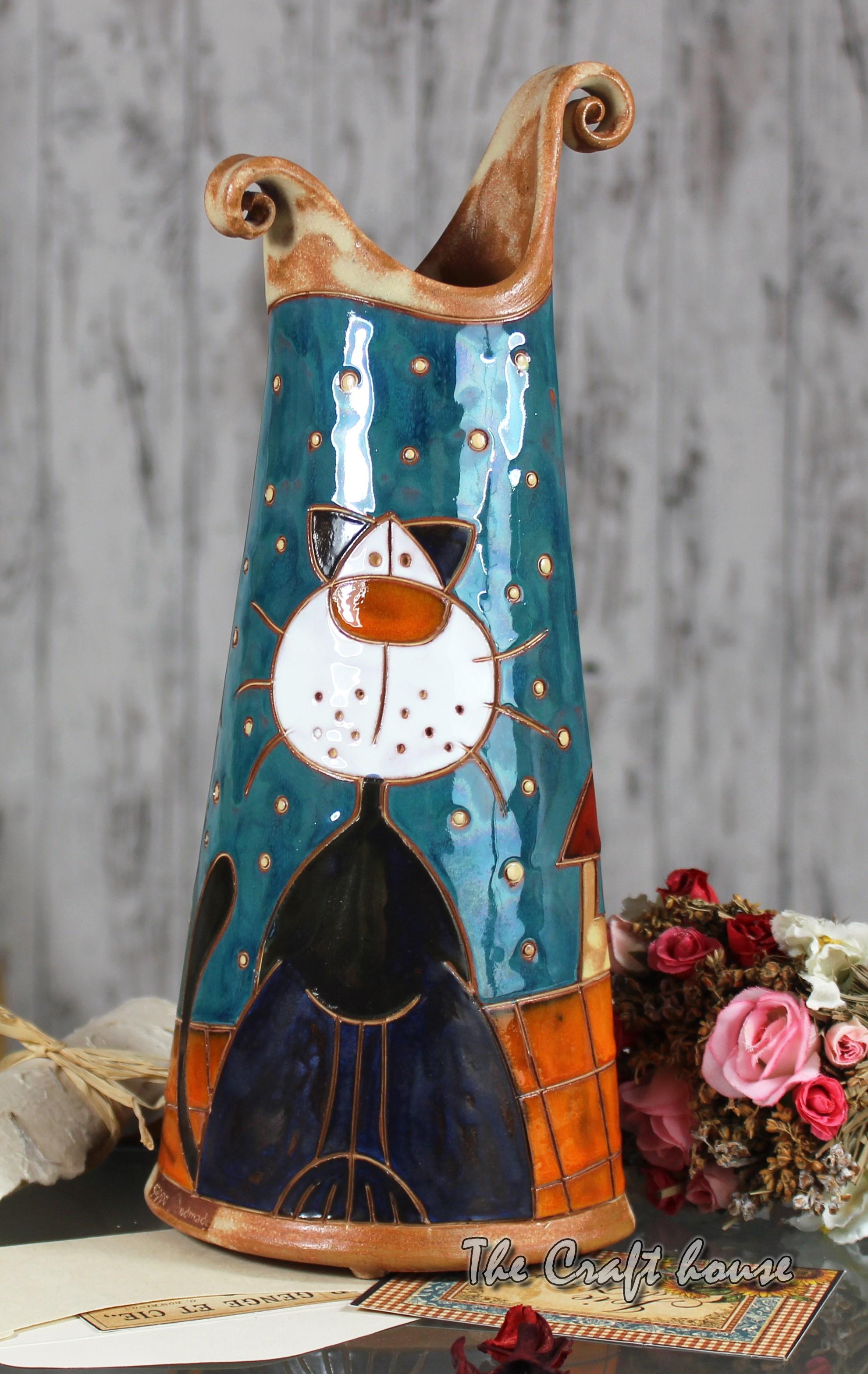 Ceramic vase 'Cats'