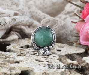 Silver ring with Aventurine
