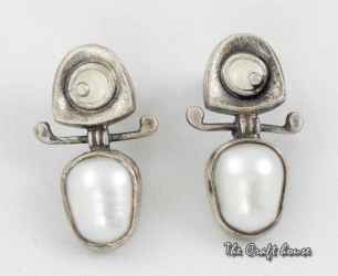 Silver earrings with pearls and enamel