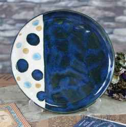 Ceramic saucer with dots