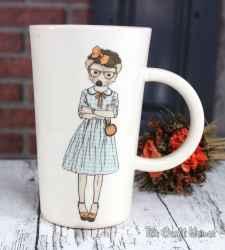 Порцеланова чаша с декорация