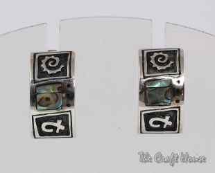 Silver earrings with Mother of Pearl