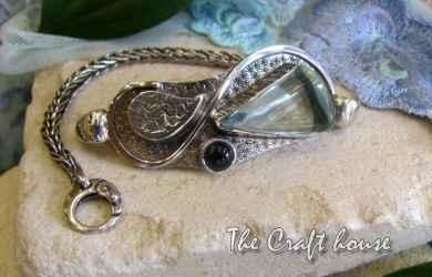 Silver bracelet with Aquamarine